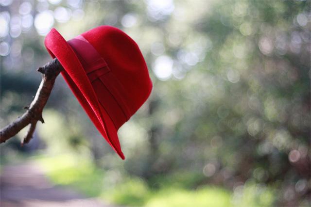 Red Zara menswear fedora