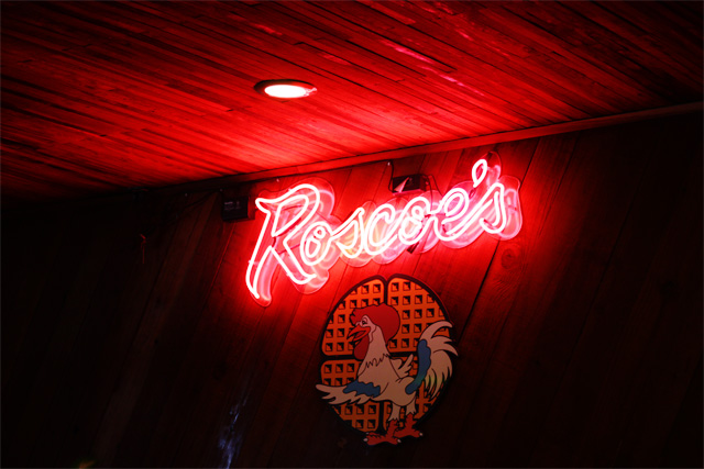 Roscoes chicken and waffles sign