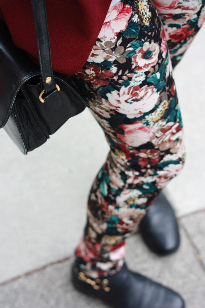Floral print Zara trousers