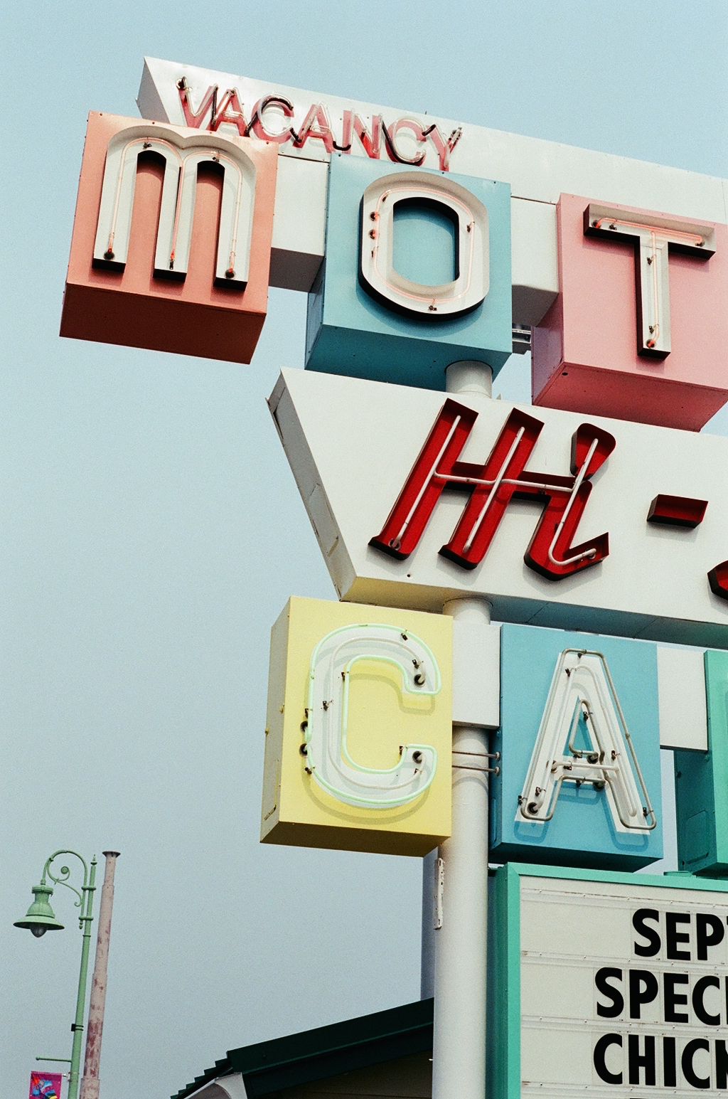 Motel Hi-Lo California